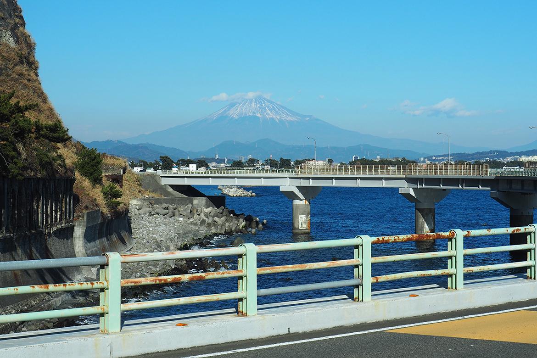 大崩海岸からの富士山